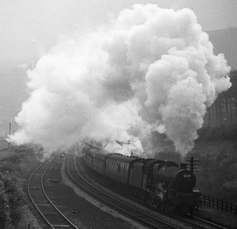 Stanier Jubilee 45562 approaching Copy Pit summit 2/10/65