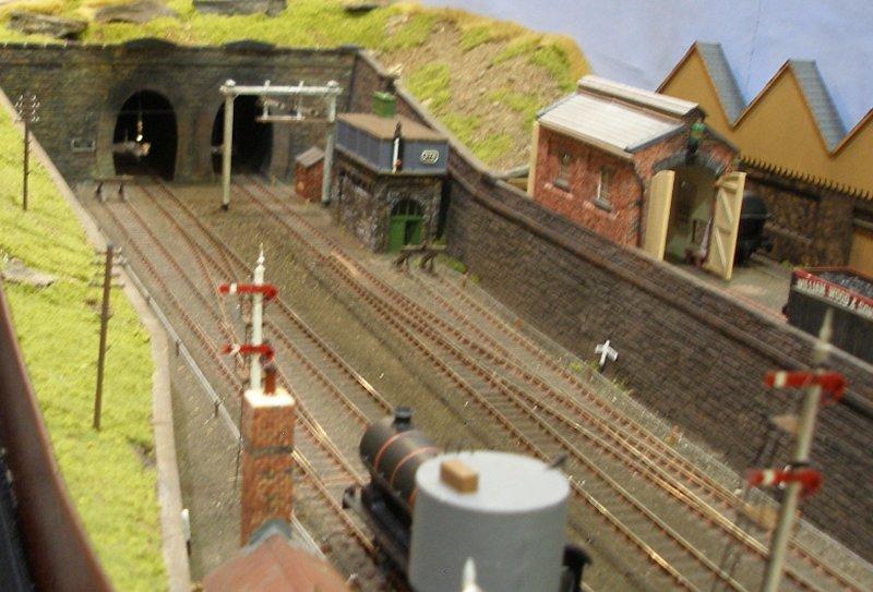 Calderwood L Amp Yr 4mm Model Railway Layout