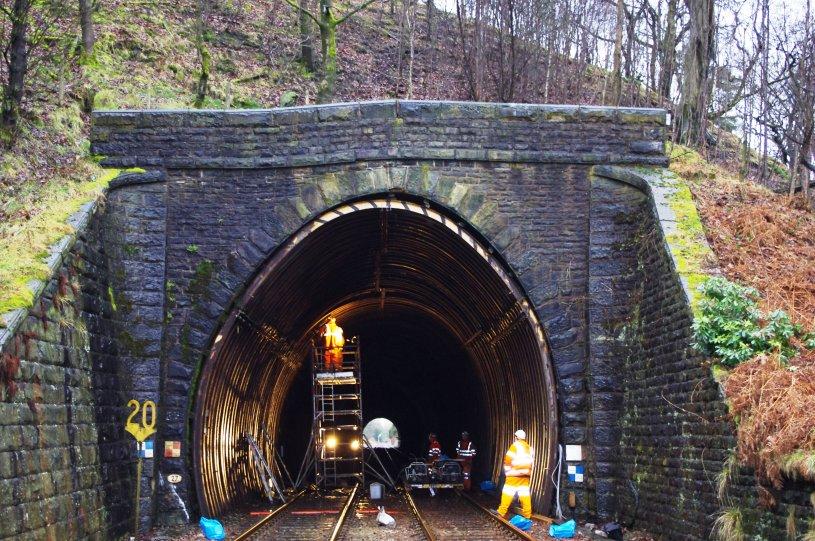 Giải pháp sửa chữa hầm Holme Tunnel