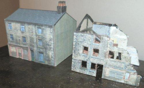 Free downloadable PDF model railway shop & house building structure