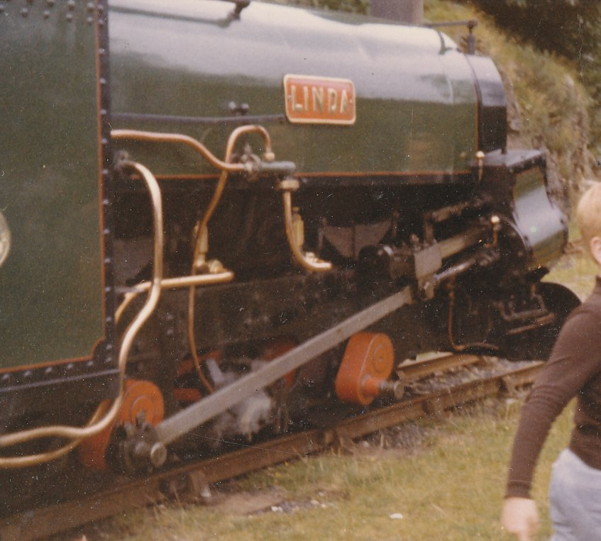 Linda running round at Tan-y-Bwlch, Festiniog Railway, without a coupling rod, Sunday 7 August 1966.