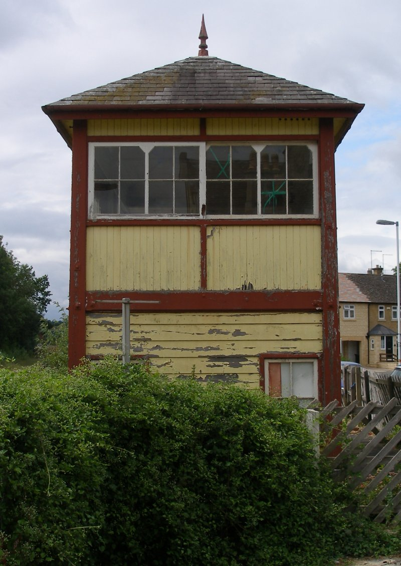 Stamford Signal Box, end view, June 2015