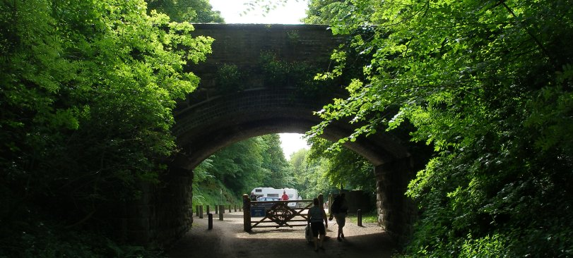 Tissington railway bridge looking south.